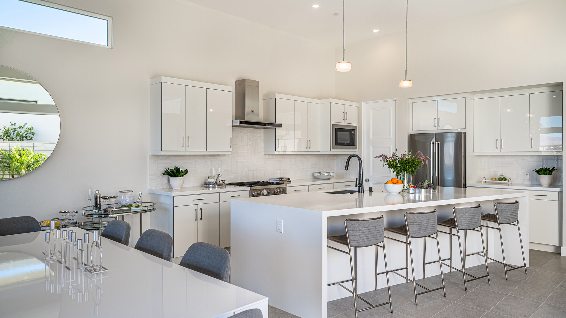 kitchen and dining of residence 2 aura atmiralon palm springs